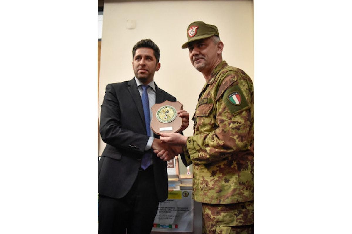 Afghanistan, Alpini donano libri e materiale didattico al Dipartimento Cultura di Herat