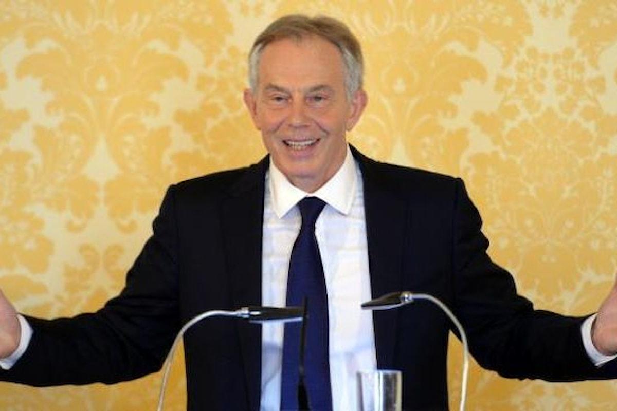 Tony Blair replica al rapporto Chilcot ammettendo errori, ma convinto della sua decisione