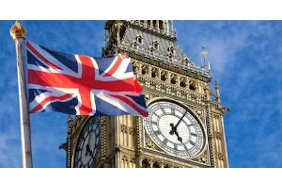 Valute, l'incertezza sulla Brexit fa ancora male alla sterlina