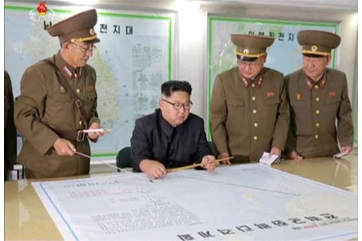 In risposta al missile nordcoreano che ha sorvolato Hokkaido Trump dichiara che tutte le opzioni sono in campo