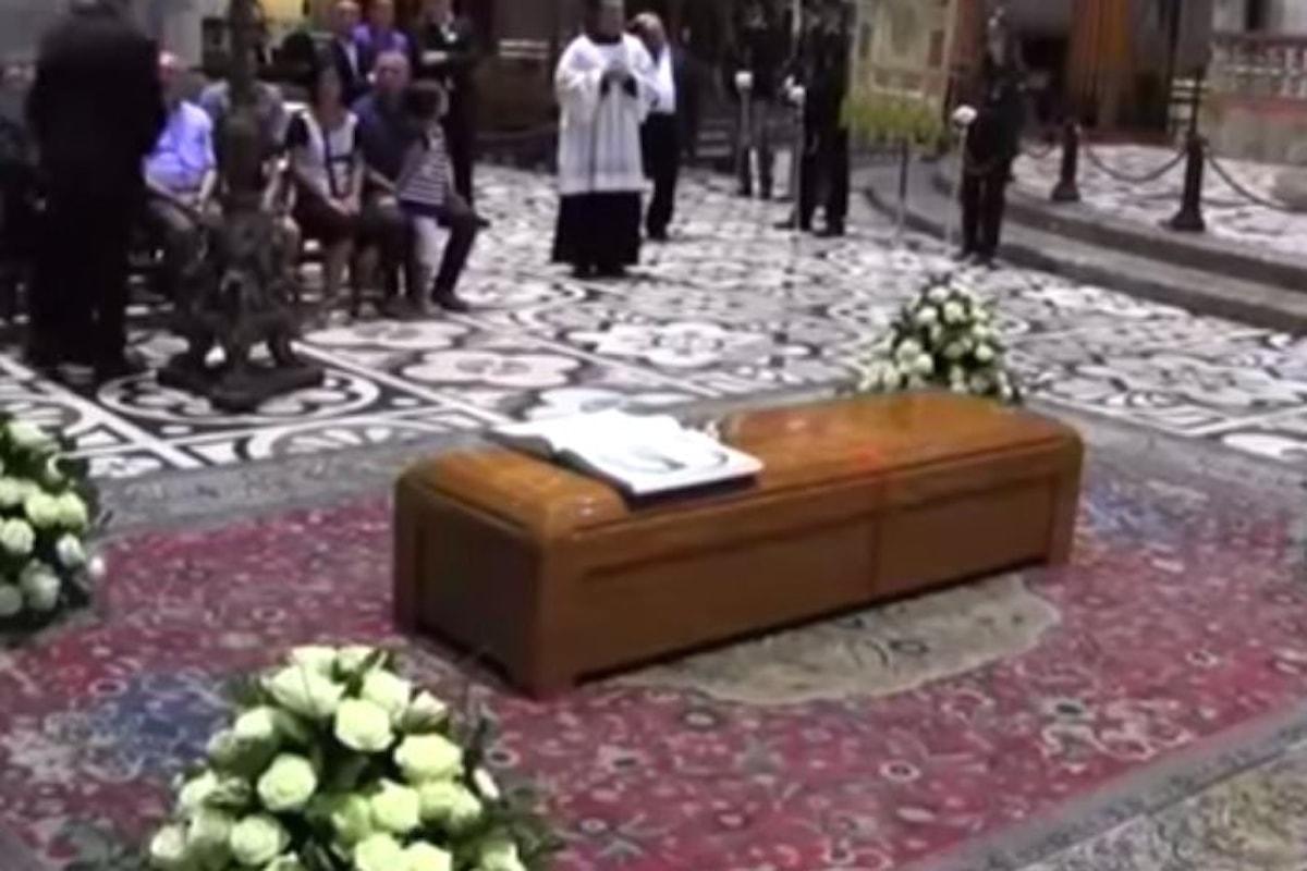 Si sono celebrati nel Duomo di Milano i funerali del cardinale Dionigi Tettamanzi