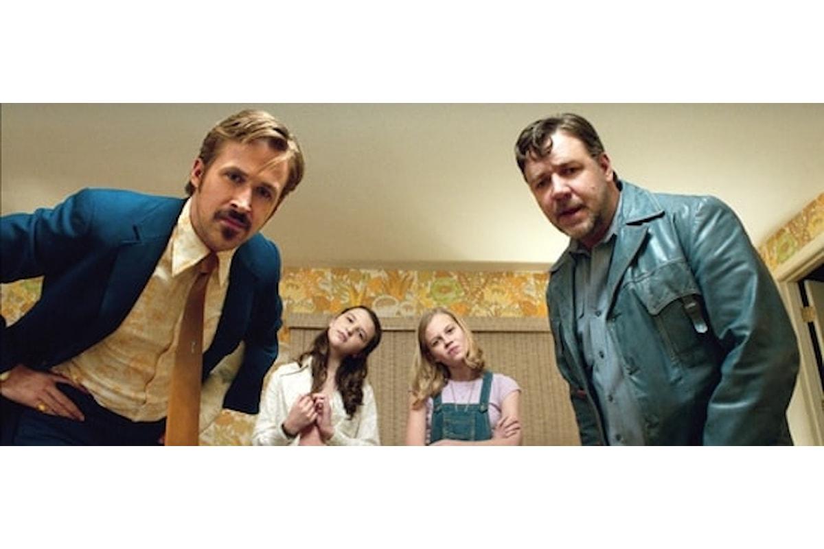 Nel film The Nice Guys una stravagante coppia di investigatori