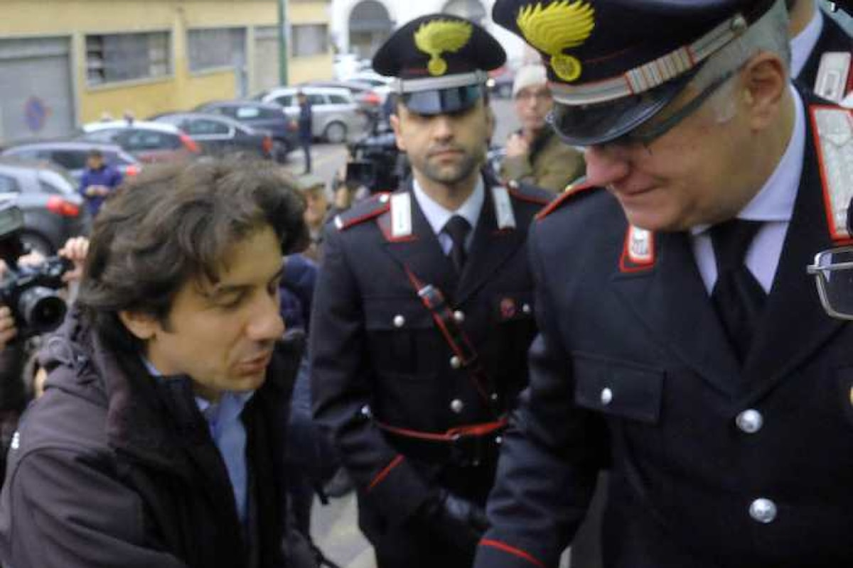 Marco Cappato si autodenuncia dai Carabinieri per sollevare un caso sul suicidio del dj Fabo