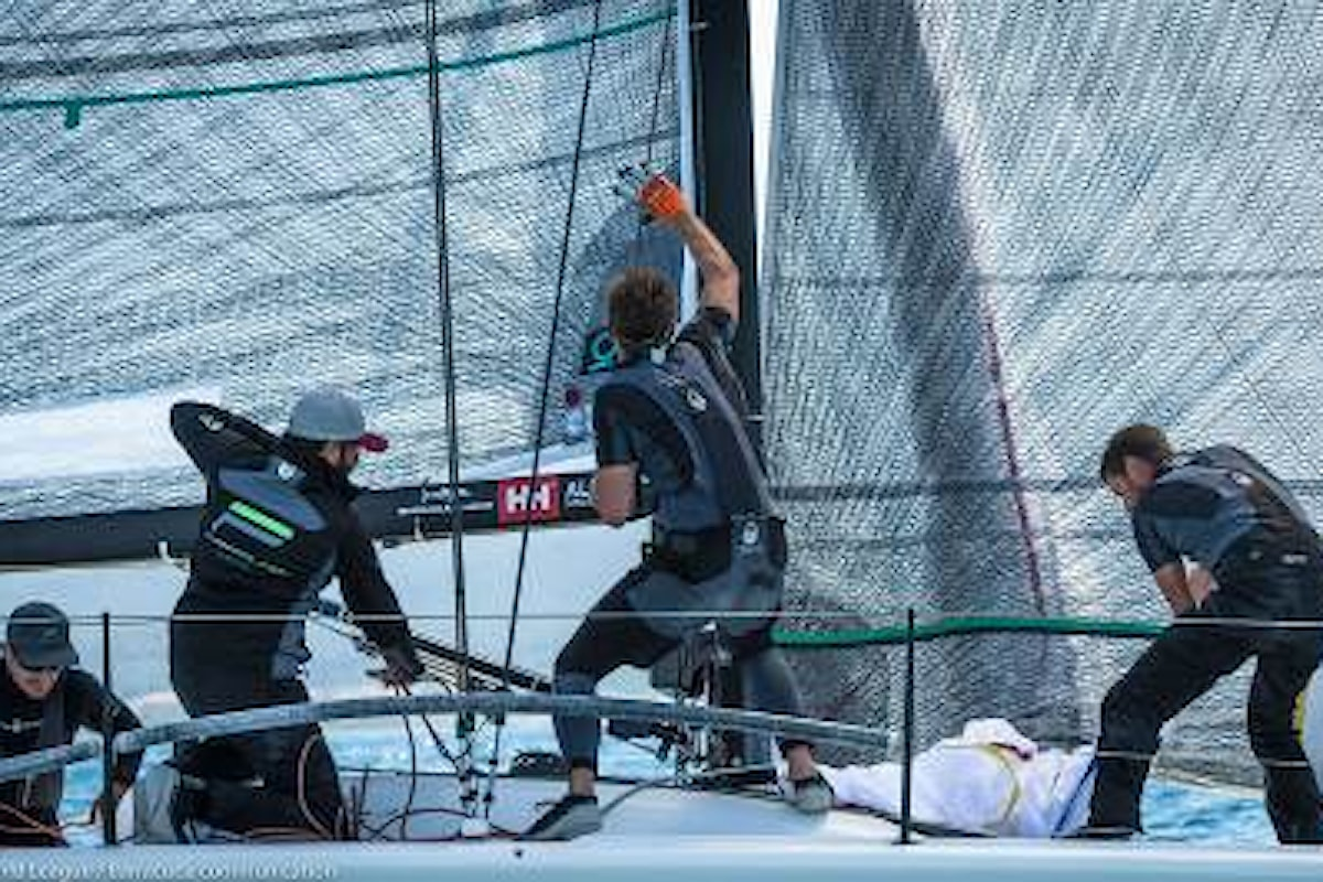 Pole Position a Riva del Garda per i campionati MELGES 32 di cui HELLY HANSEN è official partner