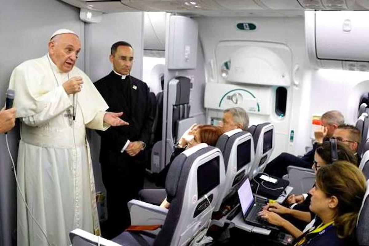 Il Papa approva il piano di Minniti sui migranti