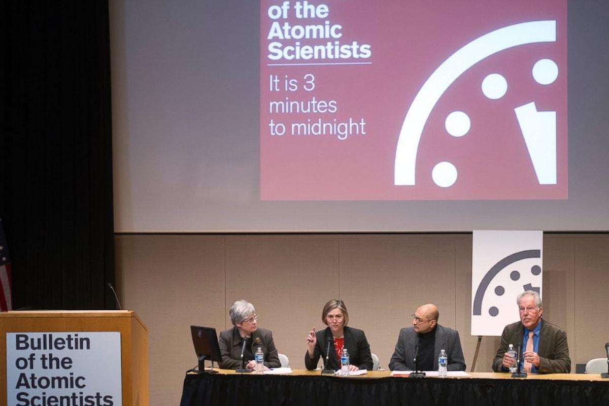 Tre minuti prima della fine del mondo, è il responso del Doomsday Clock