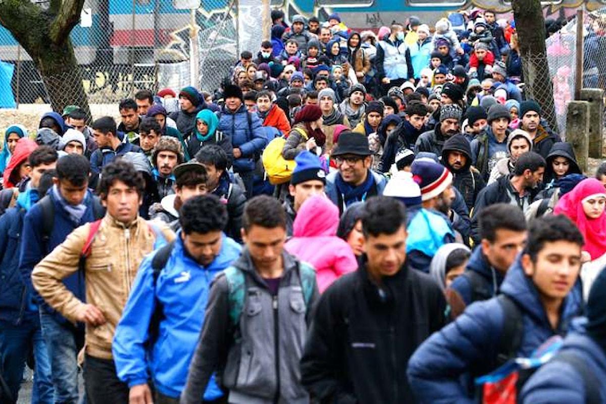 Fuocoammare, candidato a rappresentare l'Italia agli Oscar, testimone dell'ennesima contraddizione sui migranti