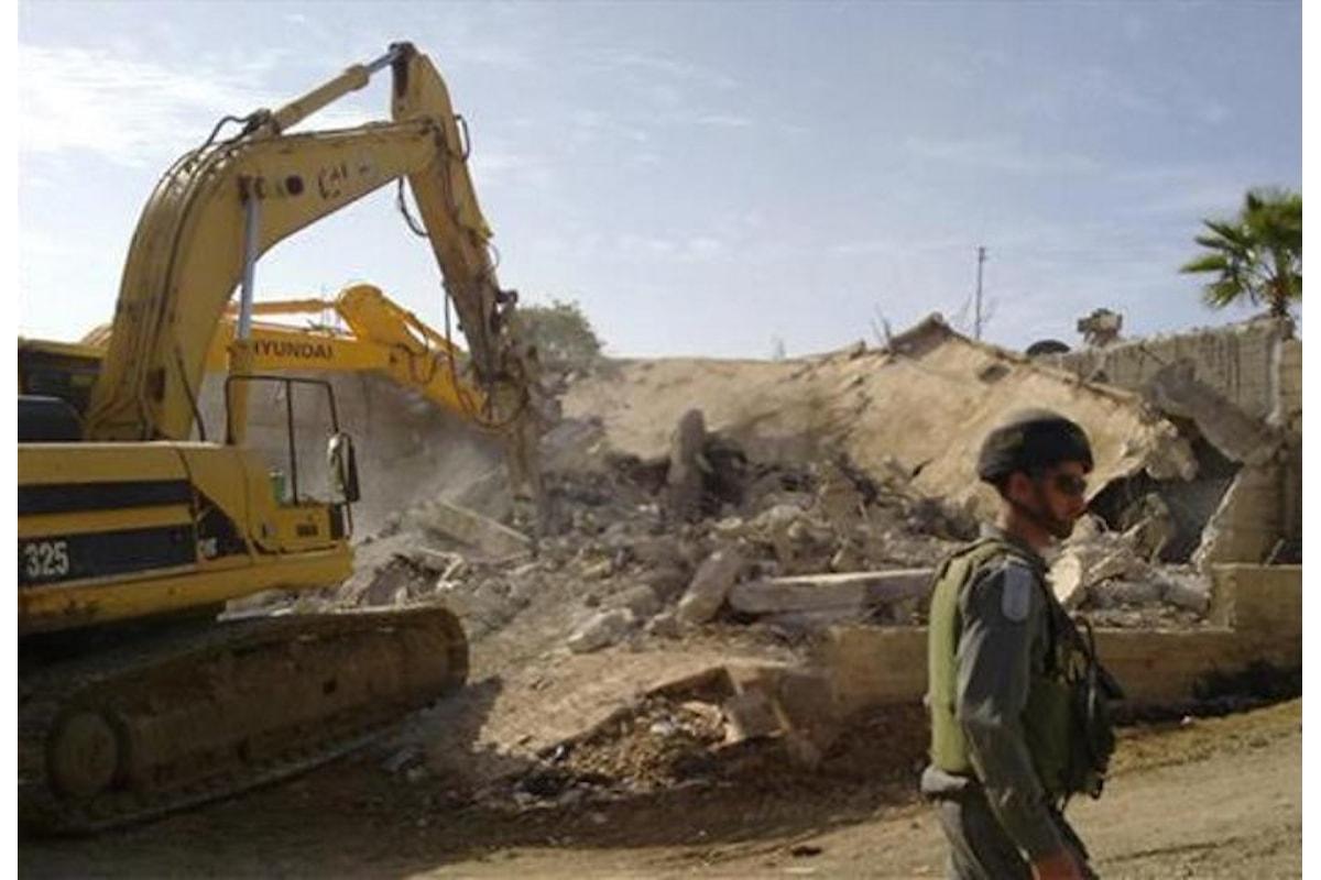 Israele ha deciso di aumentare la presenza dei propri coloni nel nord della Valle del Giordano impossessandosi delle terre dei palestinesi