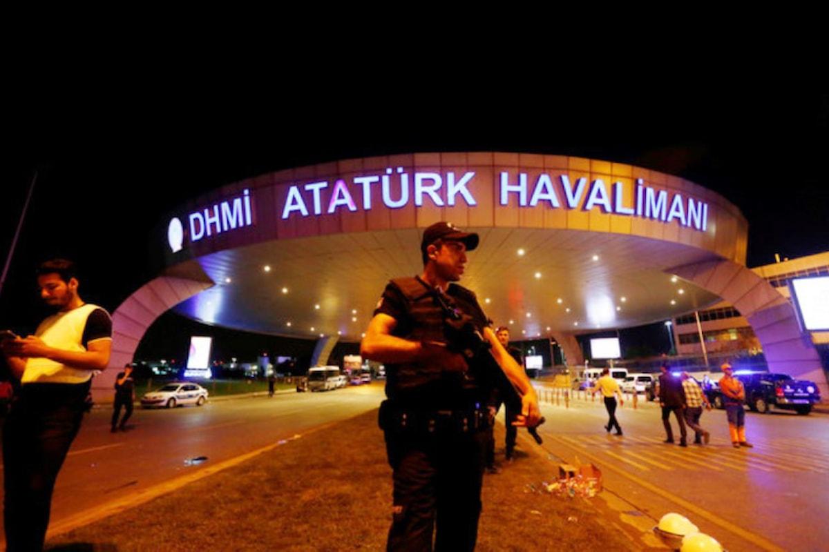 Ancora terrore in Turchia: 41 morti e oltre 250 feriti all'aeroporto di Istanbul