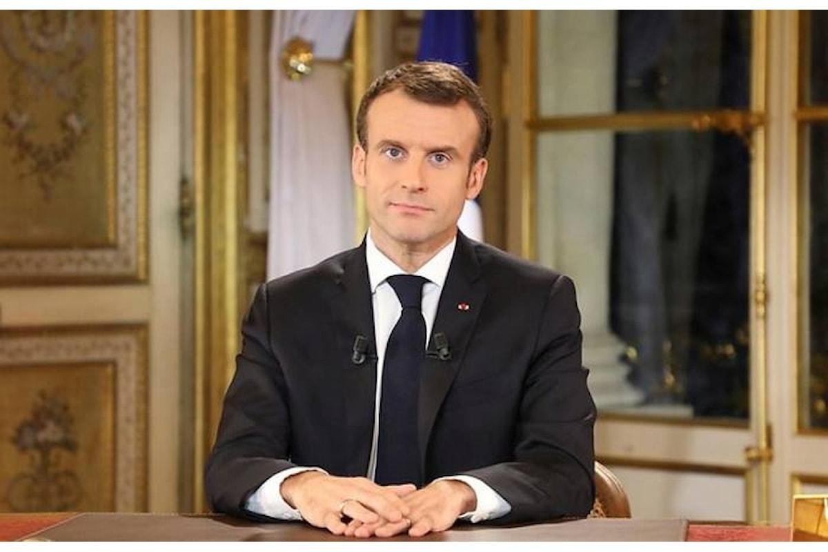 Macron cede ai gilet gialli e fa concessioni per quasi 15 miliardi. Anche l'Italia potrà avvantaggiarsene?