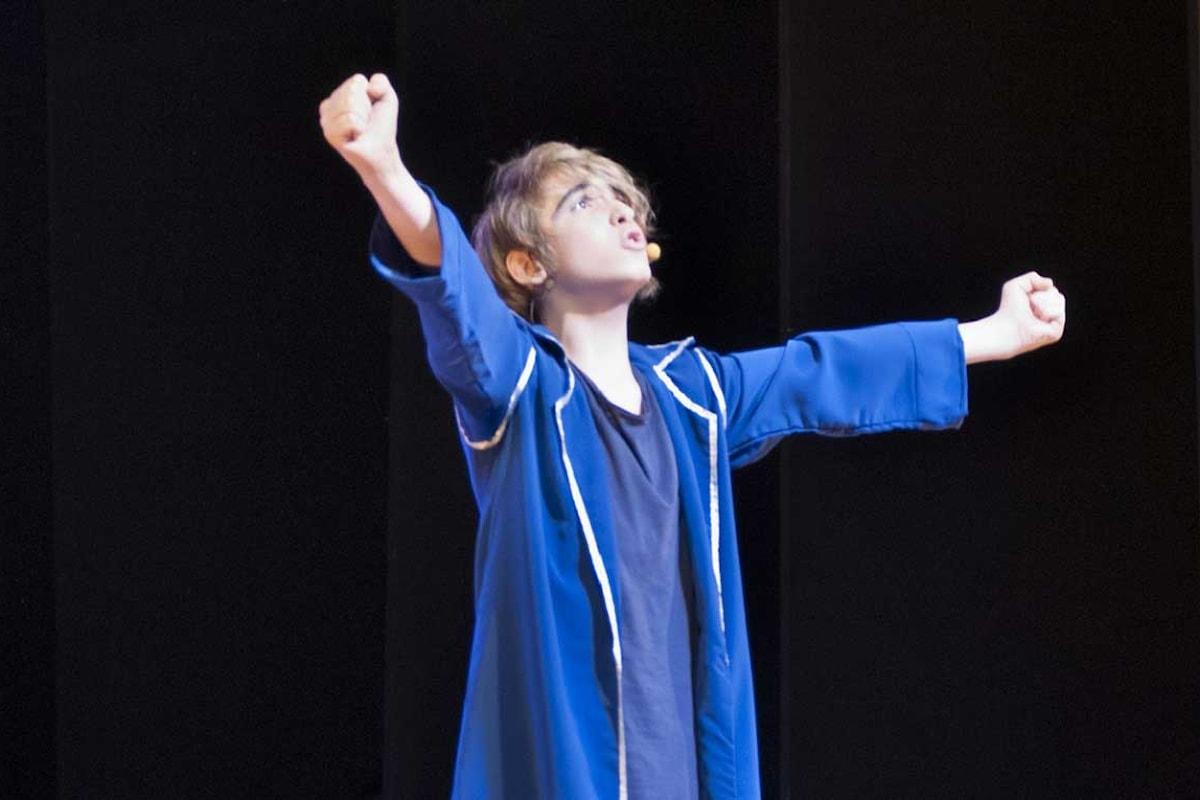 Artisti Emergenti: intervista a Lorenzo de Filippo, una voce nuova per il musical