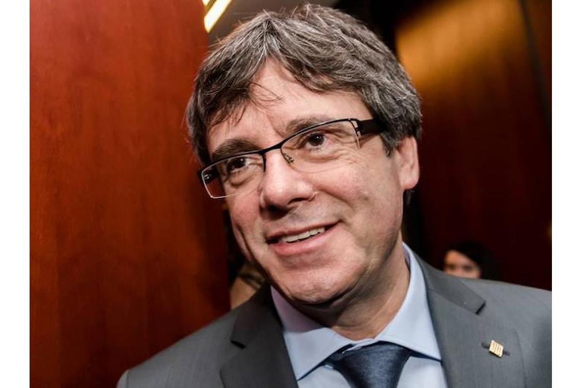 La candidatura a presidente di Puigdemont tiene in sospeso la Catalogna