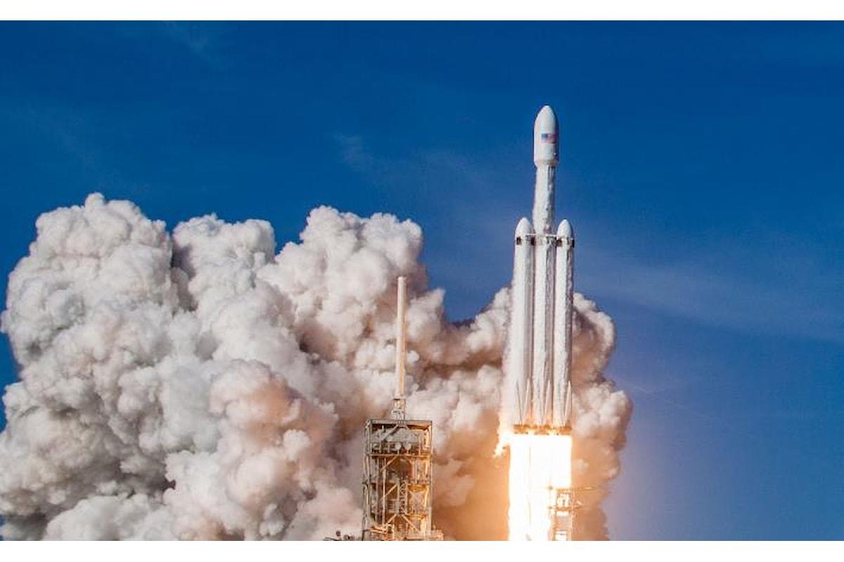 Riuscito il test del Falcon Heavy. I privati alla conquista dello spazio