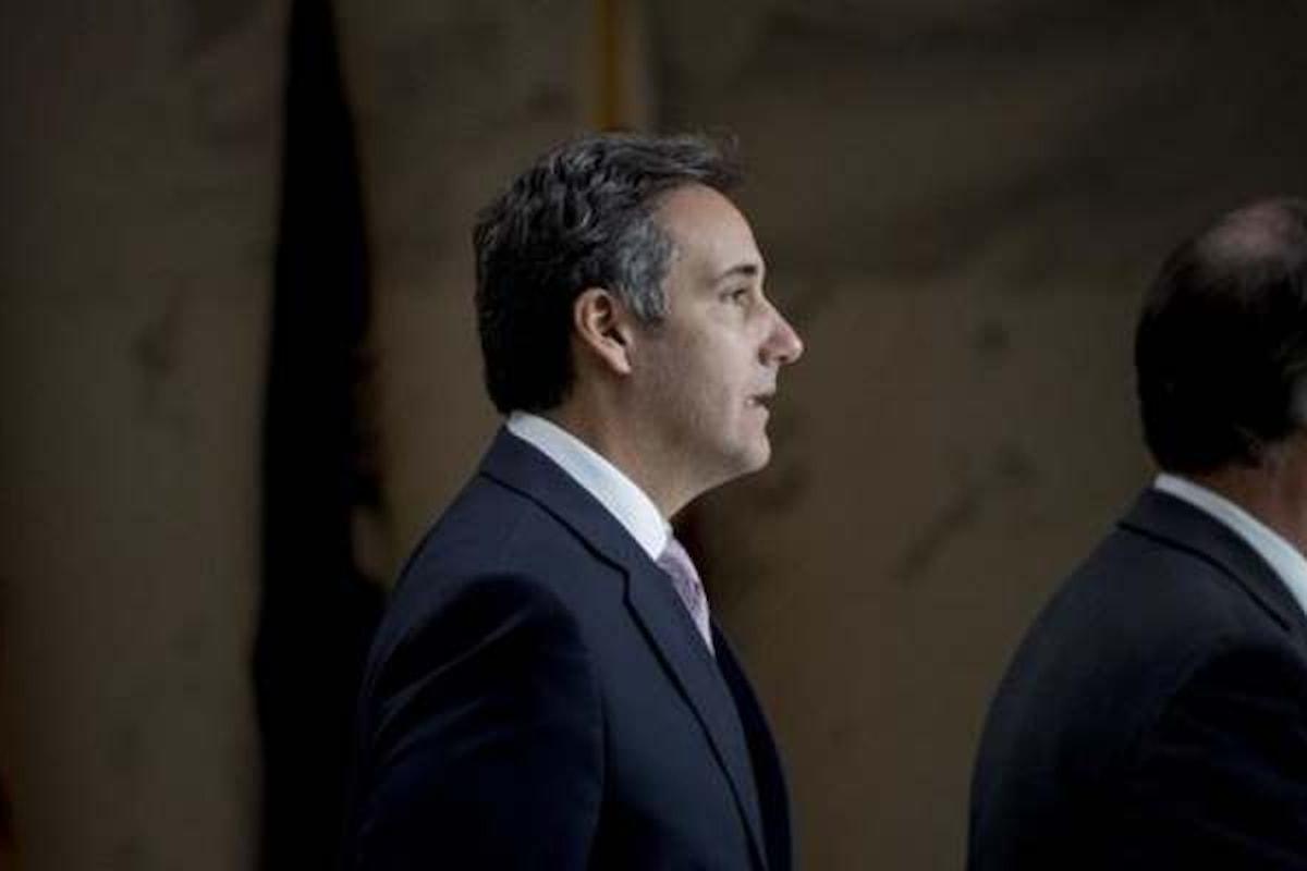 L'FBI lunedì ha perquisito gli uffici del legale di Trump