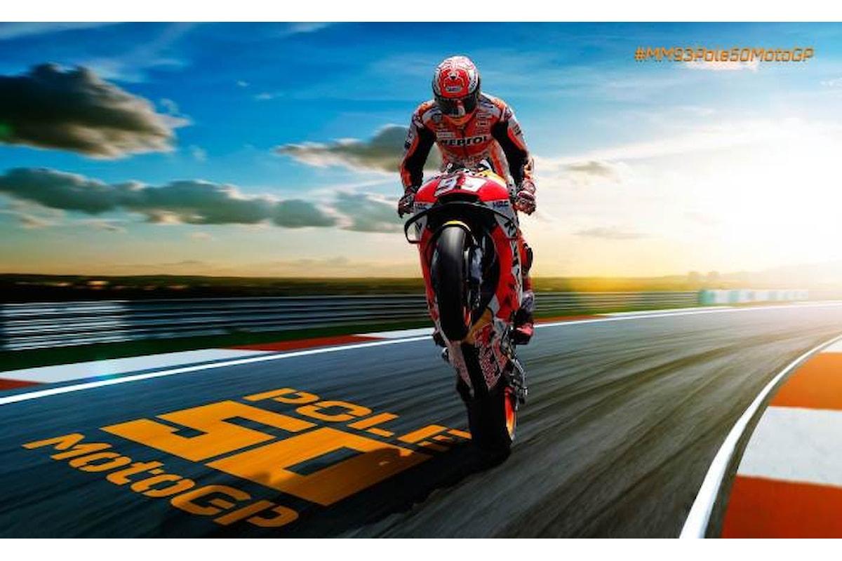 MotoGP, in Thailandia Marquez conquista la sua cinquantesima pole, tallonato da Rossi e Dovizioso