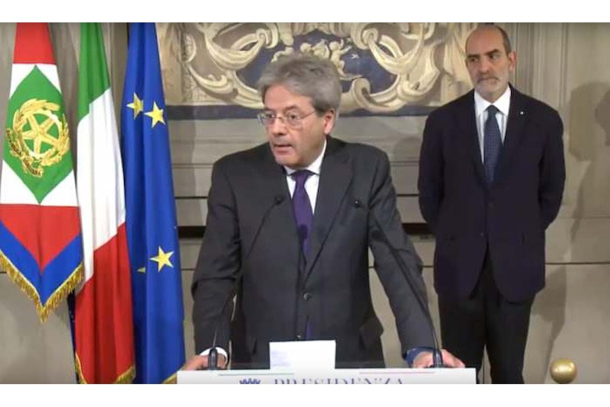 Nasce il nuovo governo Gentiloni. Un Renzi bis con qualche variazione e la Boschi sottosegretario