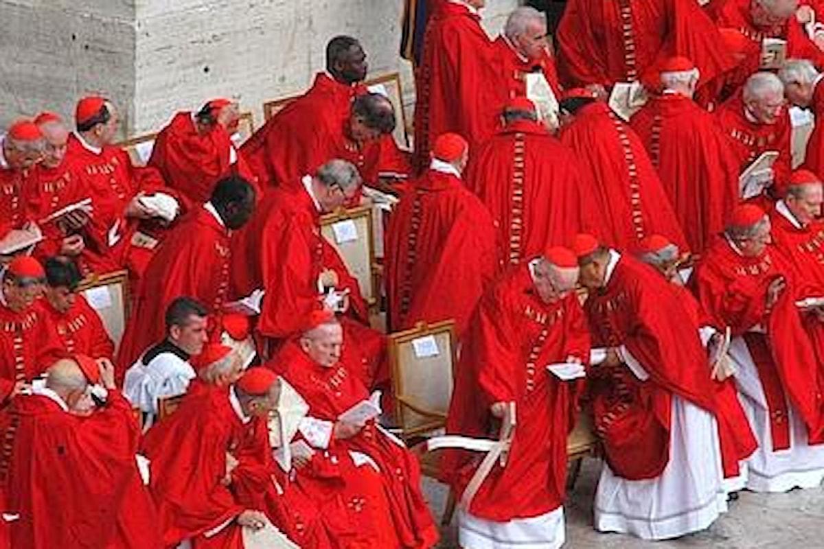 Paura e delirio in Vaticano: così Francesco sta rottamando i cardinali