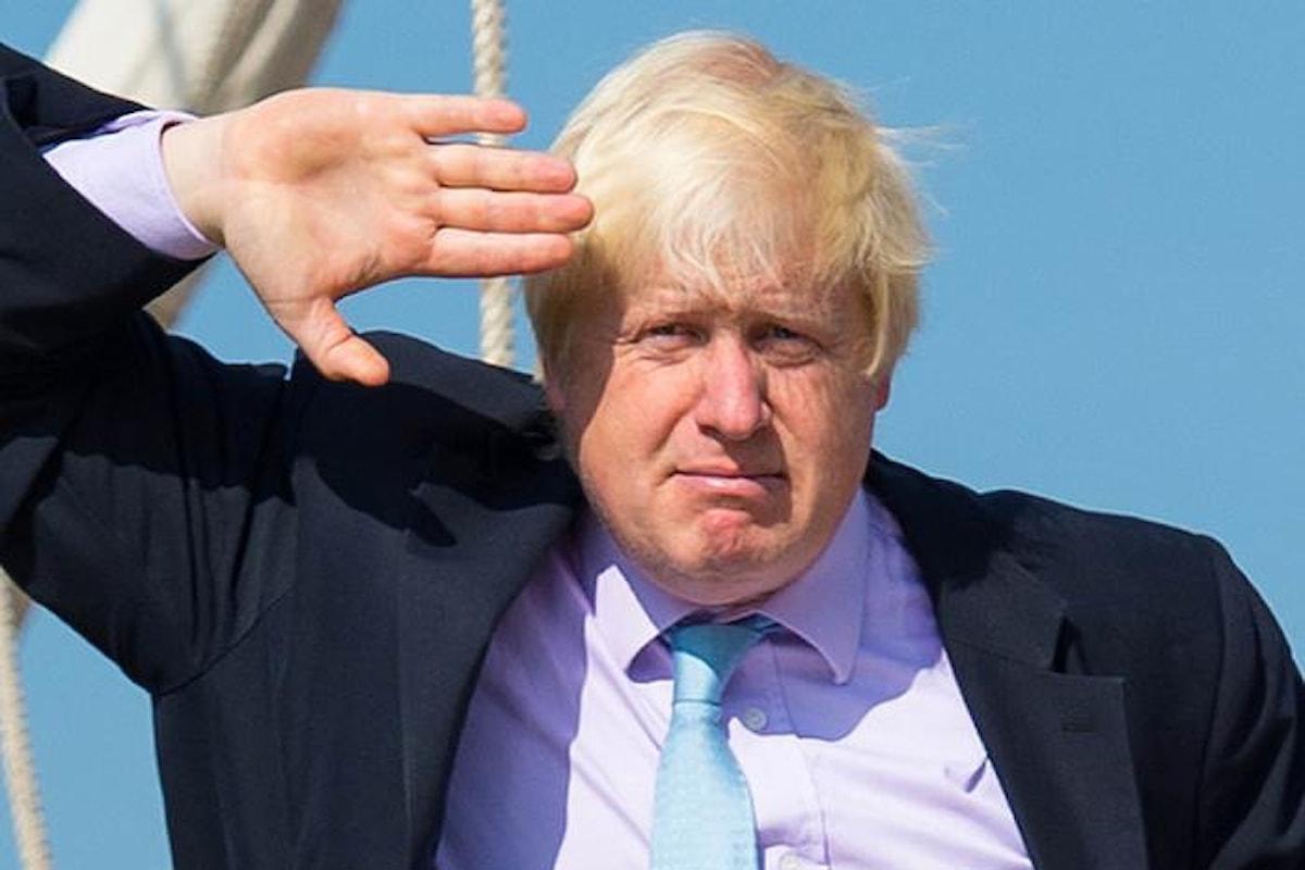La May a rischio, dopo le dimissioni del ministro per la Brexit Davis, lascia anche Boris Johnson