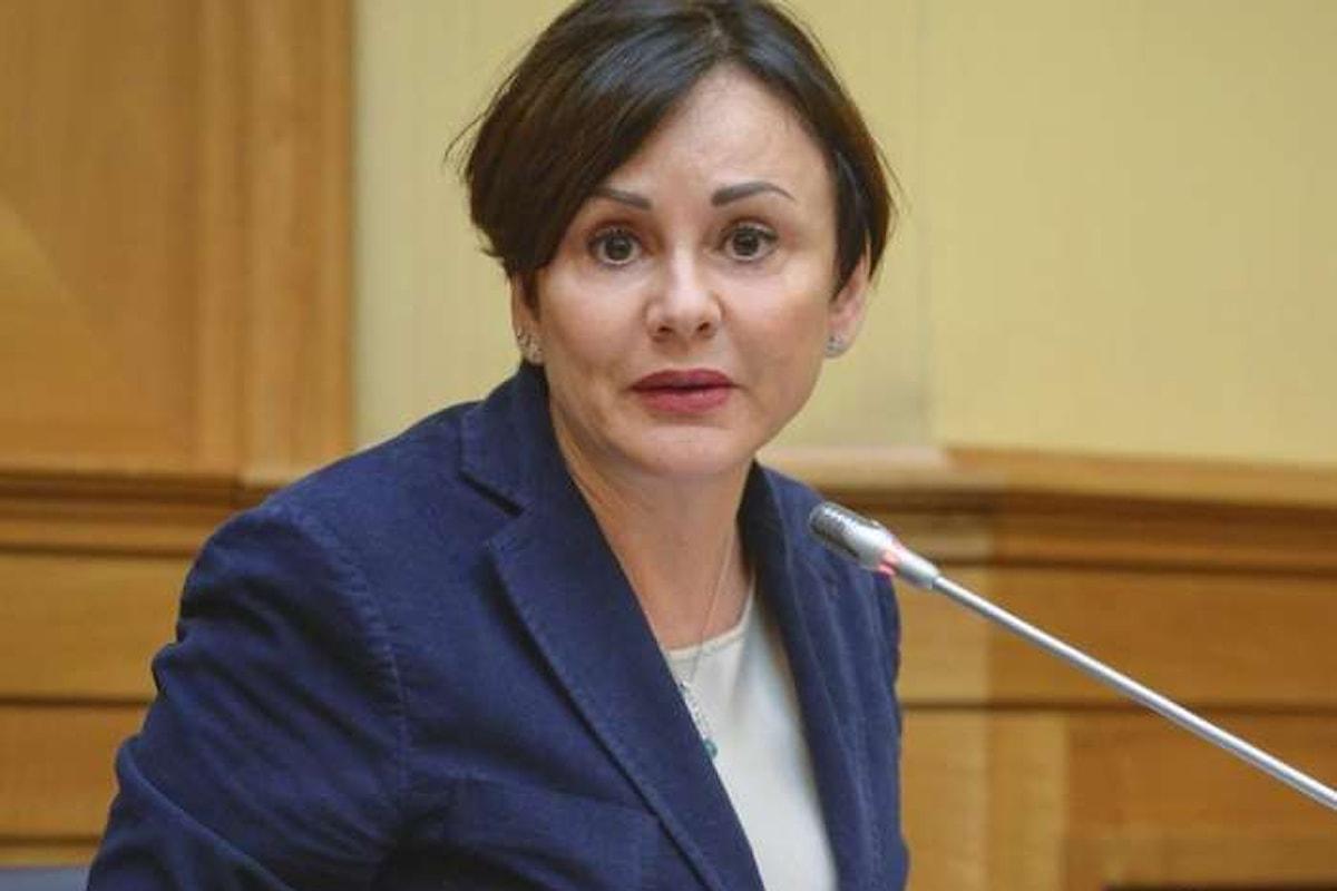 Dopo la vicenda Boschi, un altro problema per il governo con la sottosegretaria Vicari indagata per corruzione